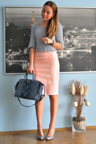 Light Pink Pencil Skirt Omg Fashion Skirts Silver Cropped