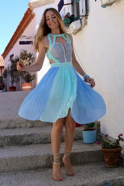 sky blue Chicwish dress - beige Jessica Buurman heels