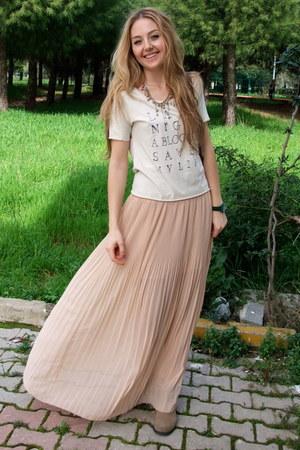 light pink maxi chiffon pull&bear skirt - tan Macys boots - ivory Mango t-shirt