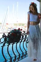 white lace Chicwish skirt - orange Zara hair accessory