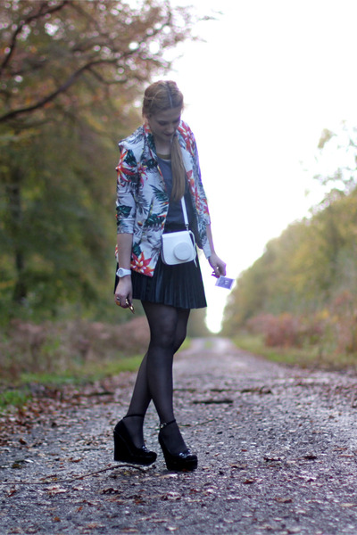 flowers younghungryfree jacket - grey asoscom top - faux leather romwe skirt