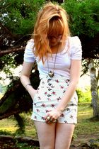 Zara shorts - H&M t-shirt - vintage accessories