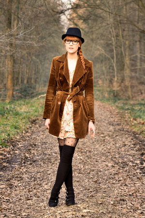 Pimkie dress - vintage coat - Pimkie wedges