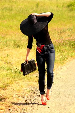 vintage sweater - vintage bag - Pimkie pants - new look heels - Promod necklace