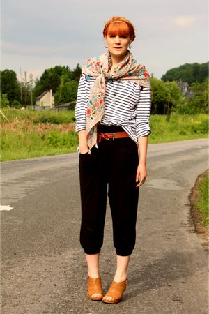 Naf Naf scarf - Zara pants