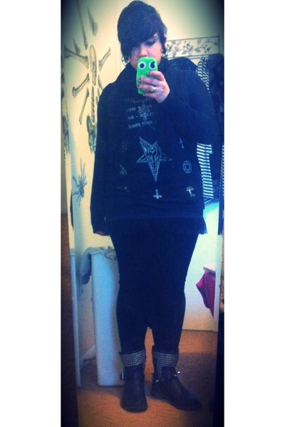 black Actual Pain shirt - black Hot Topic cardigan