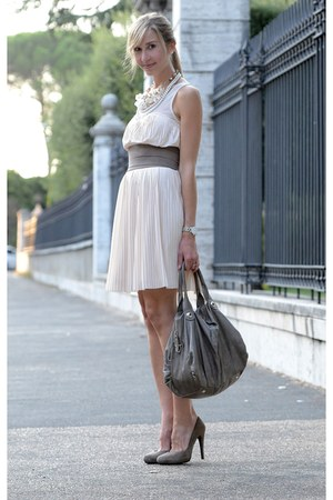 peach Zara dress - silver list belt