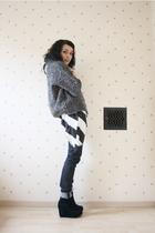 Zara cardigan - Zara t-shirt - H&M jeans - Jeffrey Campbell shoes