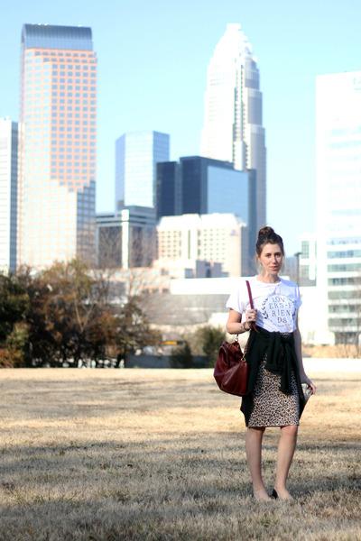 vintage ebay skirt - Lovers  Friends shirt - leather madewell bag