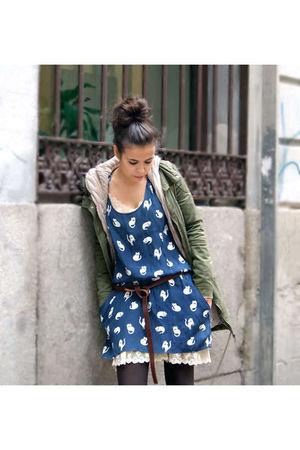blue Zara skirt - brown Zara belt - beige vintage intimate - green hm coat