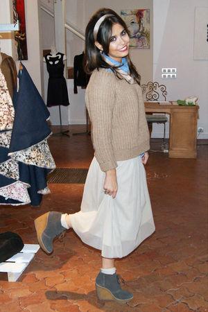 beige Vero Moda skirt - gray Mango shoes - beige Zara jumper - blue Zara shirt