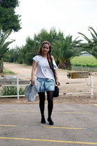 blue Zara jeans - white Oysho t-shirt - black Primark shoes - H&M accessories -