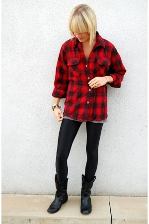 red vintage shirt - black Models boots - black UO leggings