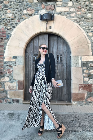 Furla bag - Seraphine dress - Bimba & Lola wedges