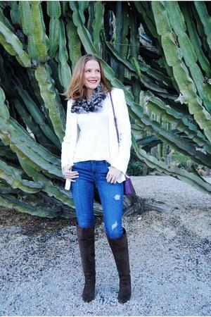 Mango blazer - Nine West boots - Zara jeans - H&M shirt - Furla bag