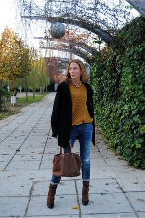 Menbur boots - Pepe Jeans coat - Zara jeans - H&M sweater - Carolina Herrera bag