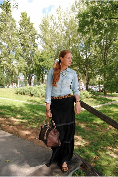 Bershka skirt - Gap shoes - Michael Kors bag - Lefties blouse