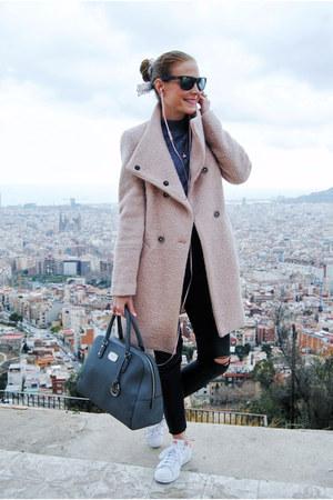 Zara coat - H&M jeans - Michael Kors bag - Ray Ban sunglasses