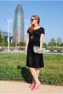 Escorpion-dress-other-stories-bag-ray-ban-sunglasses-nine-west-heels