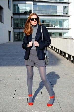 ecco bag - vintage jacket - Sfera sweater - Zara shorts - Zara heels