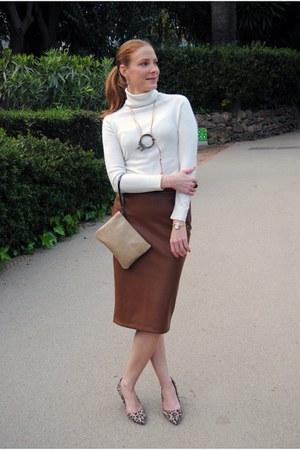 Gucci watch - Zara sweater - hakei bag - Zara skirt - Zeitgeist necklace