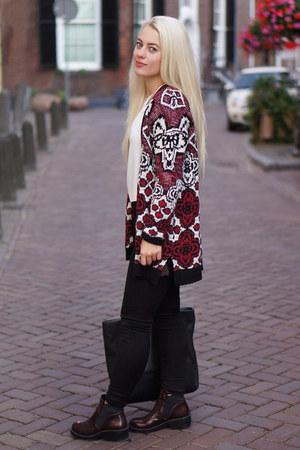 Zara boots - Urban Outfitters cardigan