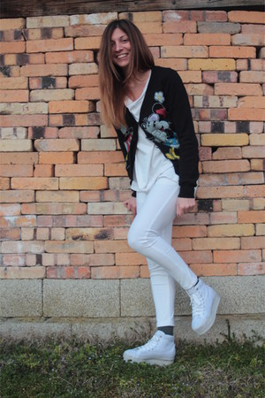 white Jeffrey Campbell Play sneakers - black Disney cardigan