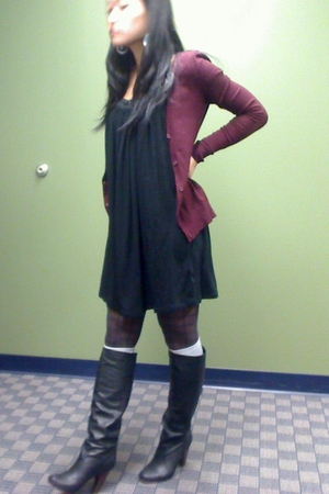 H&M cardigan - Forever 21 dress - DKNY tights - Target socks - Bakers boots - Ta