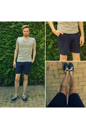 navy Armistice shoes - navy Zara shorts - silver v-neck H&M t-shirt