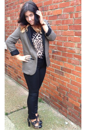 black coated H&M jeans - tweed Topshop blazer - Topshop t-shirt