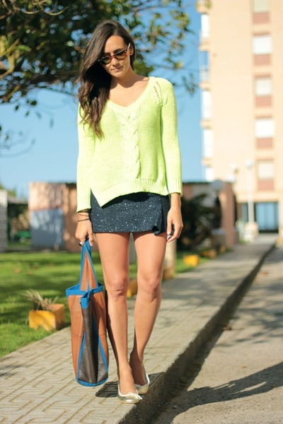 new collection Zara sweater - Papos shoes - Zara bag - old Zara skirt