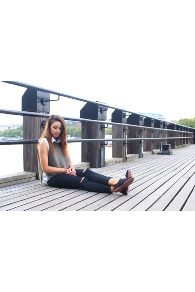 new look jeans - Primark shirt - new look vest - Flossys sneakers