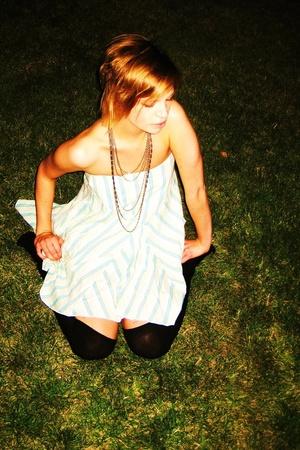 American Eagle skirt - necklace - H&M socks