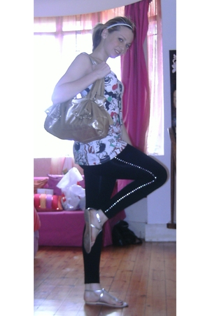 black leggings - white top - silver shoes - gold Dolce and Gabbana purse - white