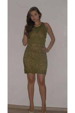 olive green - dress - gold - Underwear intimate - beige - heels