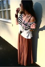 Brown-anthropologie-skirt-white-urban-outfitters-t-shirt