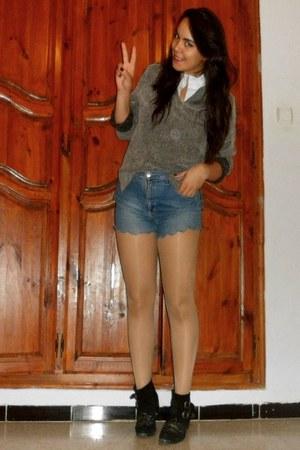 thrifted vintage jumper - DIY shorts
