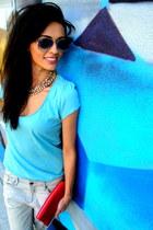 periwinkle Bershka jeans - light blue H&M t-shirt - nude poema heels