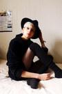 Black-felt-thrifted-hat-black-thrifted-socks-black-wool-second-hand-jumper