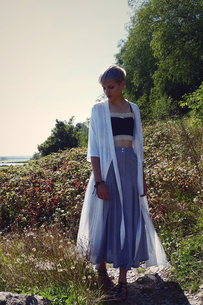 light blue maxi skirt Look Vintage skirt - ivory kimono second hand cardigan