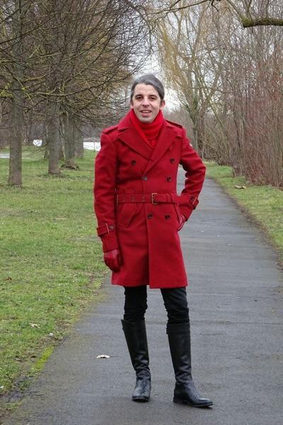 red trench coat Zara coat - black Phisique de femme boots