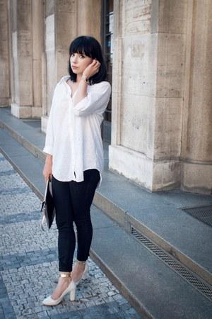 white sarenzaeu heels - black Cheap Monday jeans