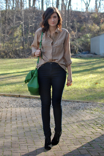 cb434663e7080 tan thrifted silk blouse - navy high rise Forever 21 jeans