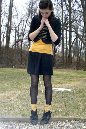 gold top - blue H&amp;M jacket - black Old Navy skirt - tights - black Aldo boots - 