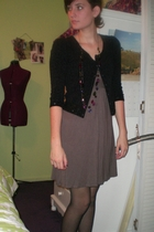 Forever 21 sweater - Forever 21 dress - calvin klein tights - Apt 9 necklace - M