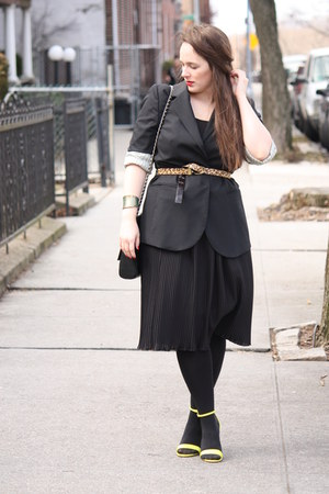 black JCrew blazer - black HUE tights - camel animal banana republic belt