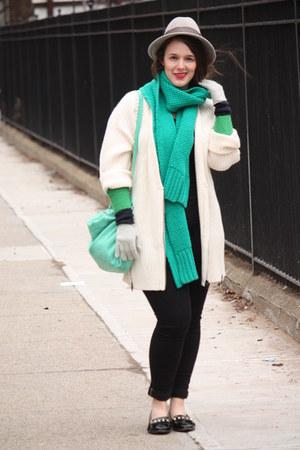 green wool blend JCrew scarf - black skinny Zara jeans - heather gray wool hat