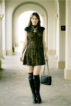 black lace Shakuhachi dress