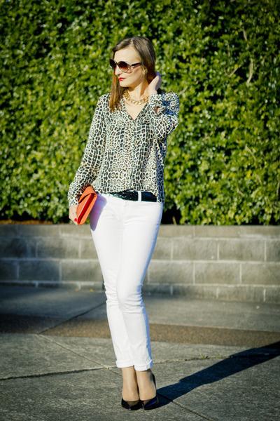 black leopard print Zara shirt - white skinny jeans AG Jeans jeans