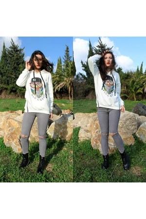 white owl BoylyMia hoodie - black combat boots DealSale boots